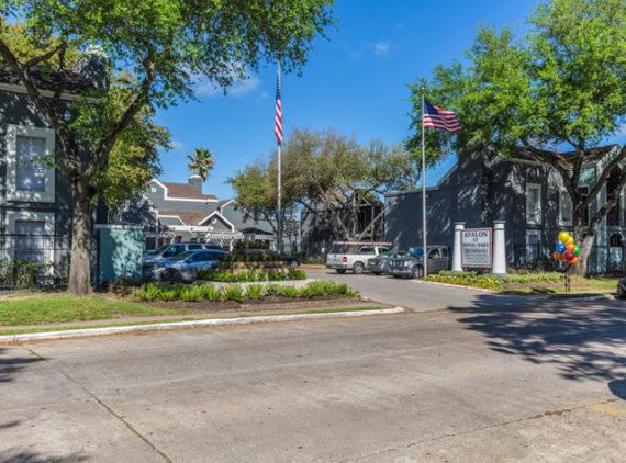 Avalon at Royal Oaks – Houston, TX